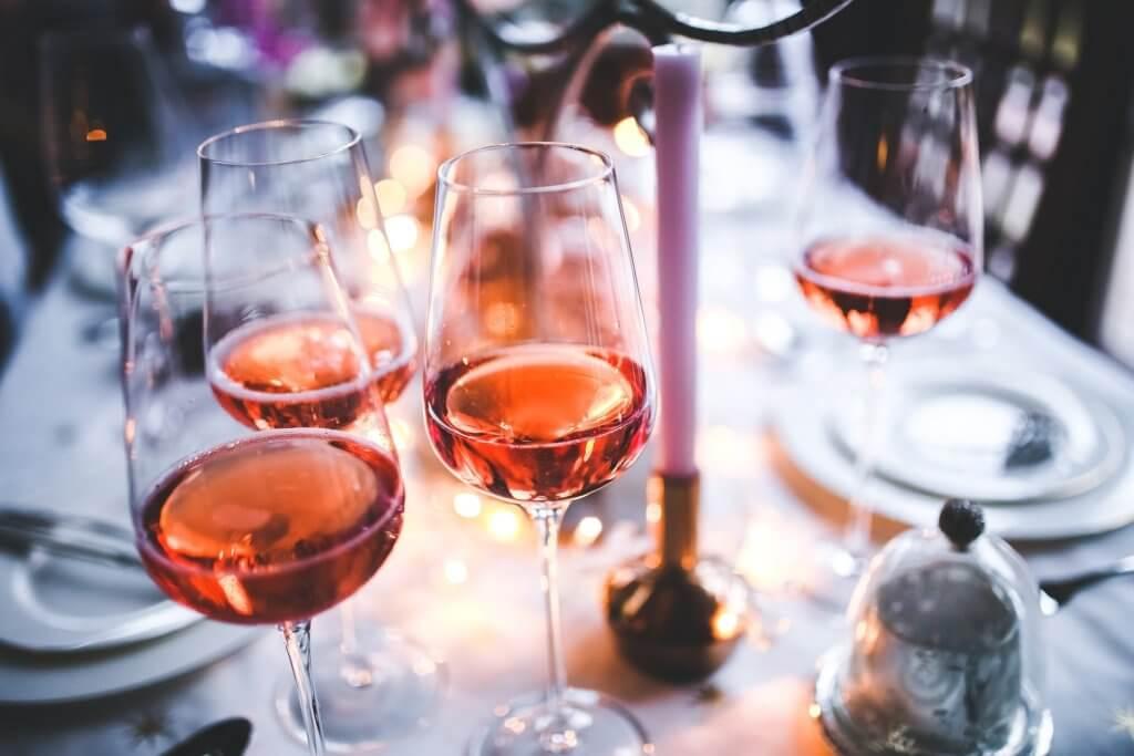 dégustation vin dijon - verres de rosés