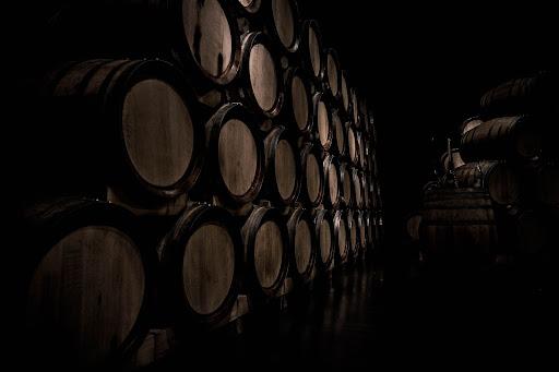 Vieillissement du Rhum Diplomático en fût de whisky